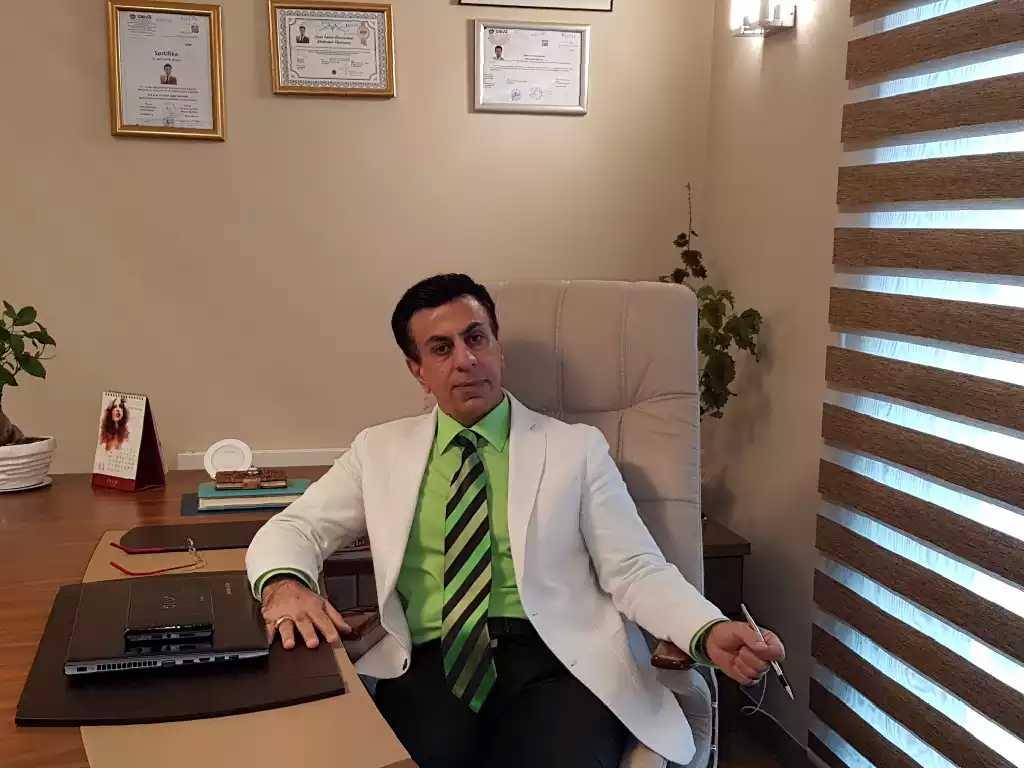 Dr. Amir Azadi