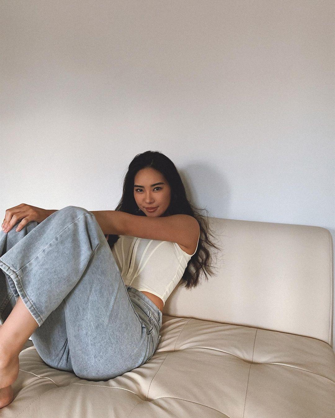 Steph-Ahn-Wallpapers-Insta-Fit-Bio-6