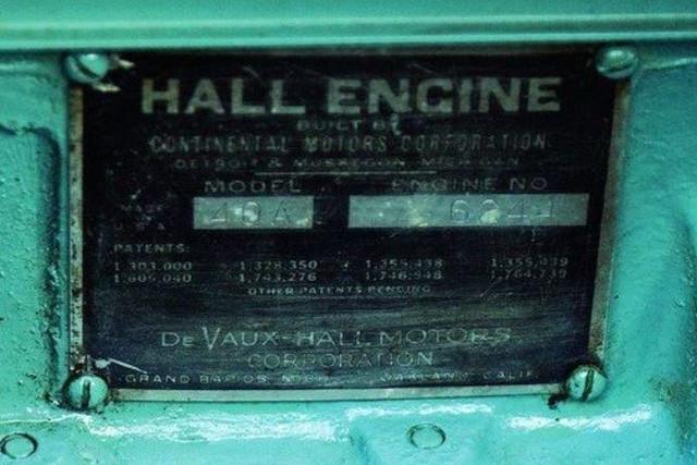 De-Vaux-40-A.jpg
