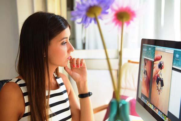 Women Video Talk Bedrooms – How to Meet up with Ladies Online