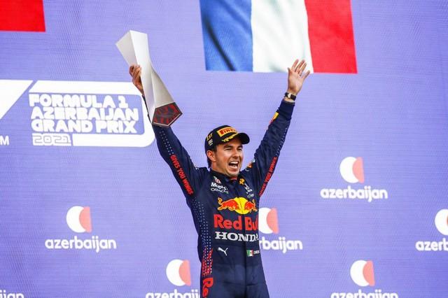 F1 GP d'Azerbaijan 2021 : Victoire Sergio Pérez (Red Bull Racing) 00121012-095
