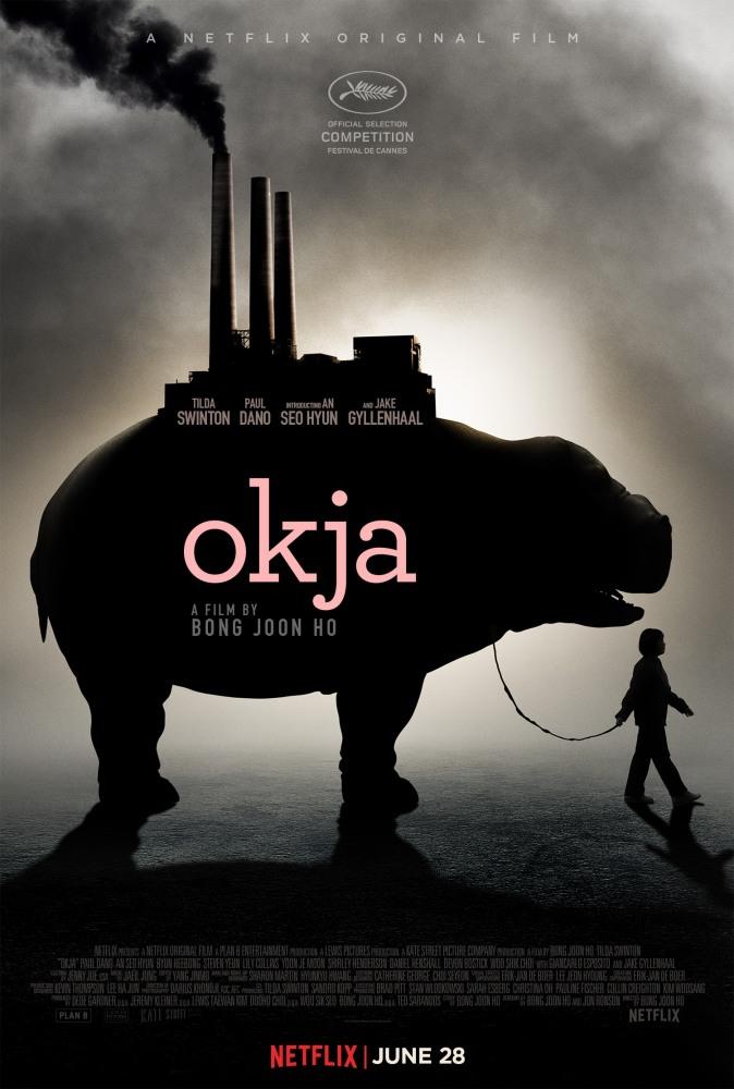 Смотреть Окча / Okja Онлайн бесплатно - Корпорация «Мирандо» создала необычных поросят и раздала их фермерам по всему миру. На...