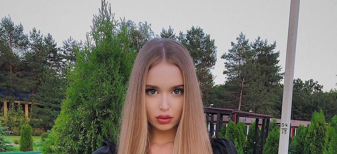Angelina-Samokhina-Wallpapers-Insta-Biography-12
