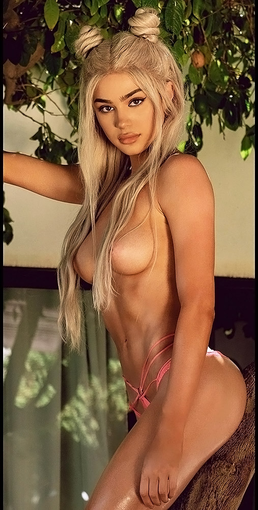 Kristen-Hancher-Nude-Naked-Topless-92