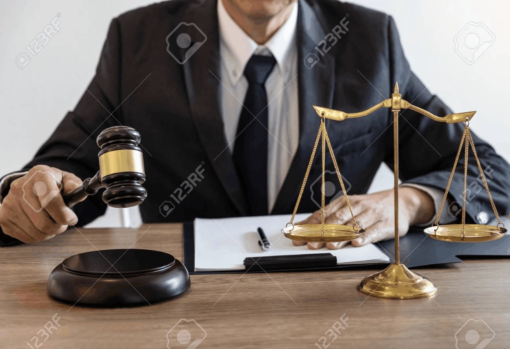 The Knowledge Behind Lawyer