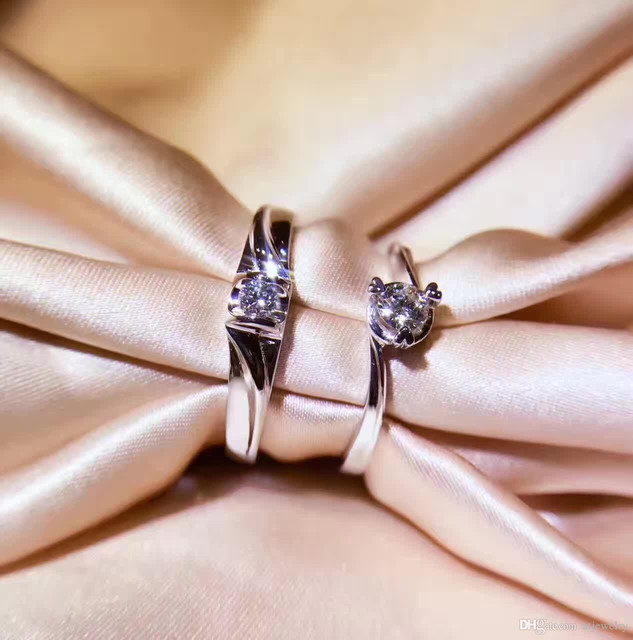 Diamonds Couple Ring