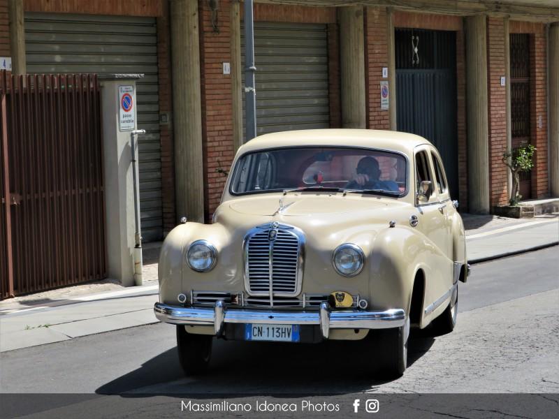 2019 - 9 Giugno - Raduno Auto d'epoca Città di Aci Bonaccorsi Austin-A40-Somerset-2-2-68cv-CN113-HV-2