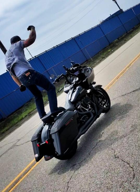 stuntbiker2