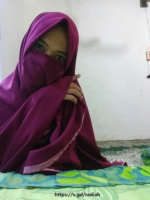 https://i.ibb.co/fGwv1j2/photo-wanita-berkerudung-hijaber-berjilbab.jpg