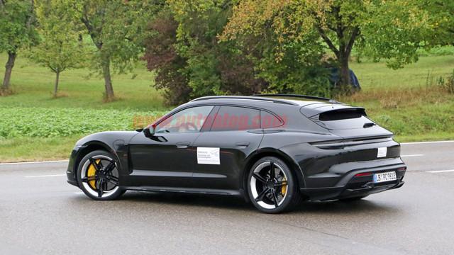 2020 - [Porsche] Taycan Sport Turismo - Page 2 9-C65009-B-429-B-40-C0-9-D38-7-F1893-B6-CEDC