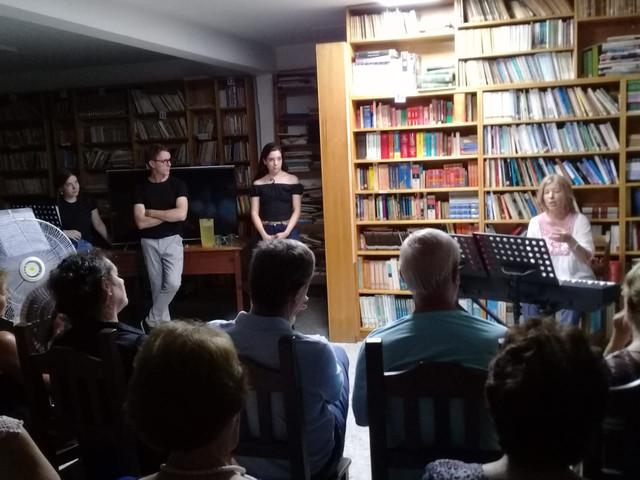 Sociales: Exitosa velada en la Biblioteca Popular