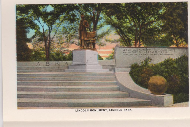 Lincoln Monument in Lincoln Park