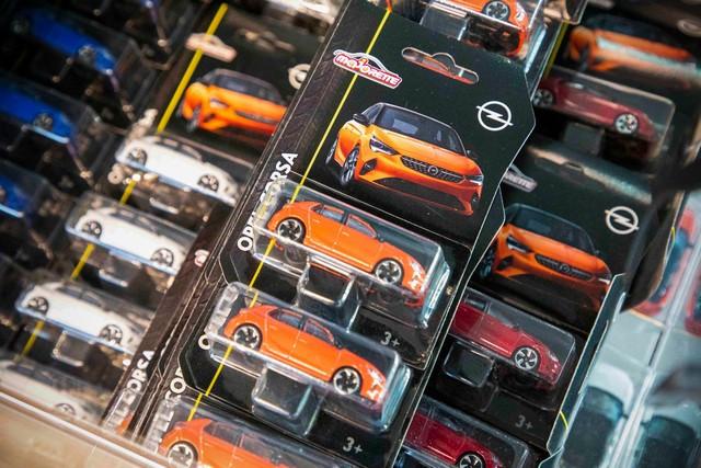 Achats en ligne : les cadeaux de Noël de la boutique Opel 07-Opel-513825