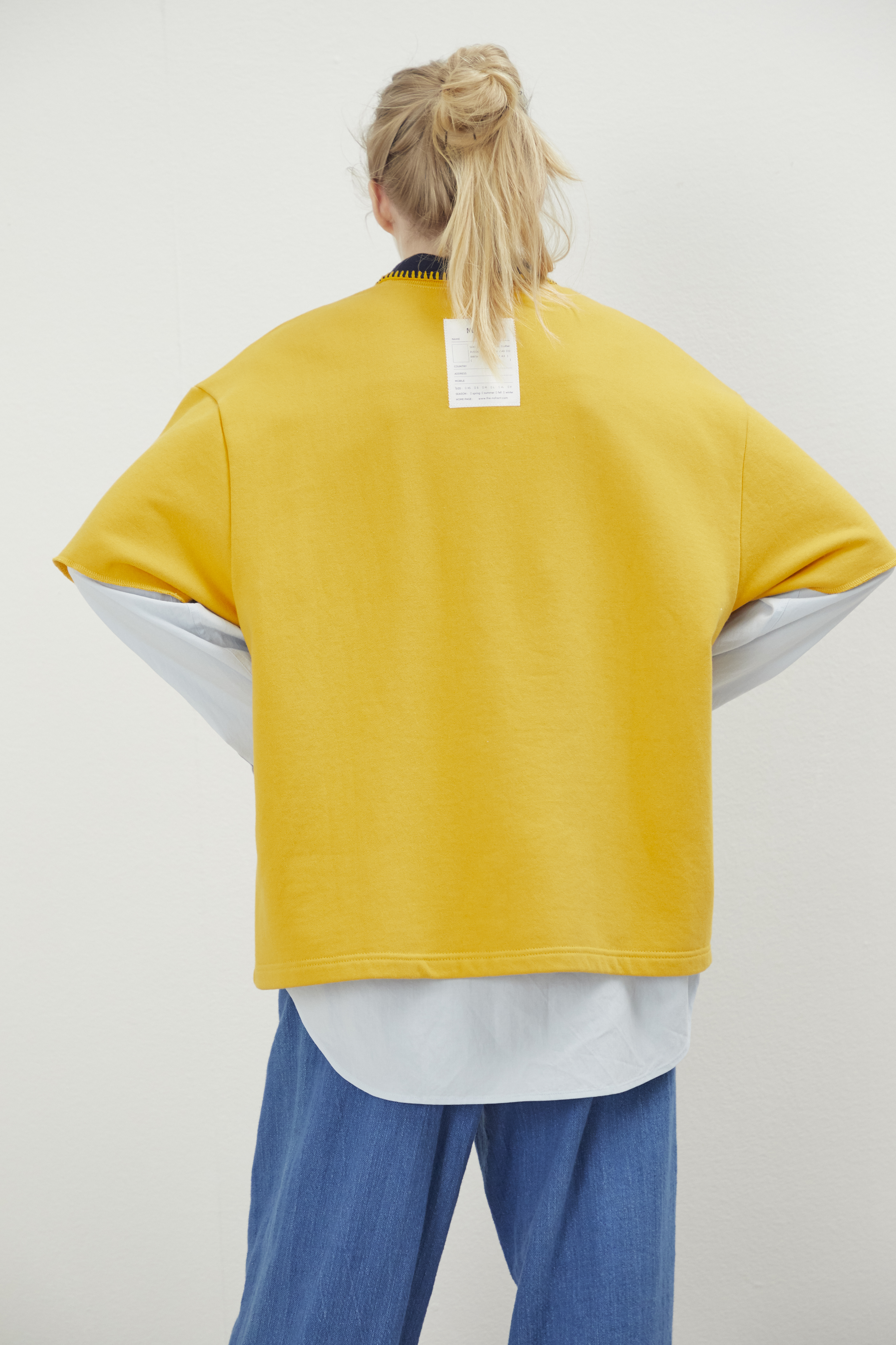 LONELYLOVELYCROPPEDSWEATSHIRTYELLOW-Product-Description-3