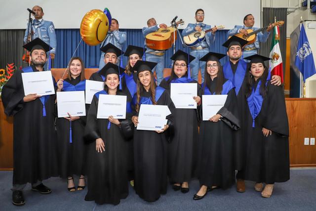 Graduacio-n-Cuatrimestral-99