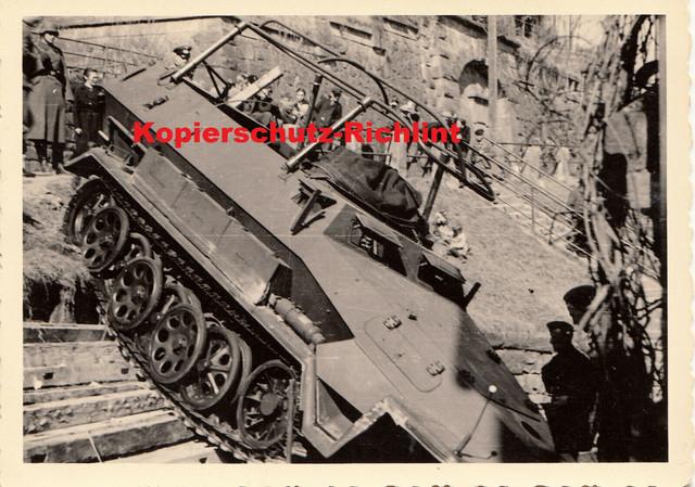 Wehrmacht-SPW-Kommando-Panzerwagen-Sd-Kfz-251