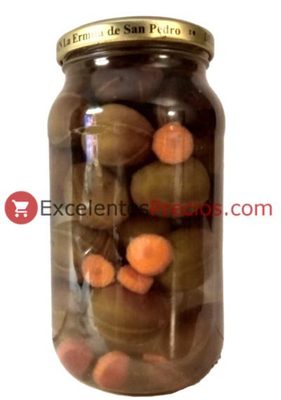 Aceitunas gordales aliñadas, ingredientes zanahoria, aceitunas en frasco de cristal, receta aliño aceitunas gordales