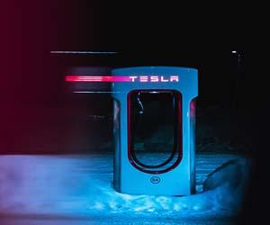 Tesla-Will-Profit-500-B-Dollars-On-Self-Driving-Vehicle-Says-Elon-Musk-Profitix-News