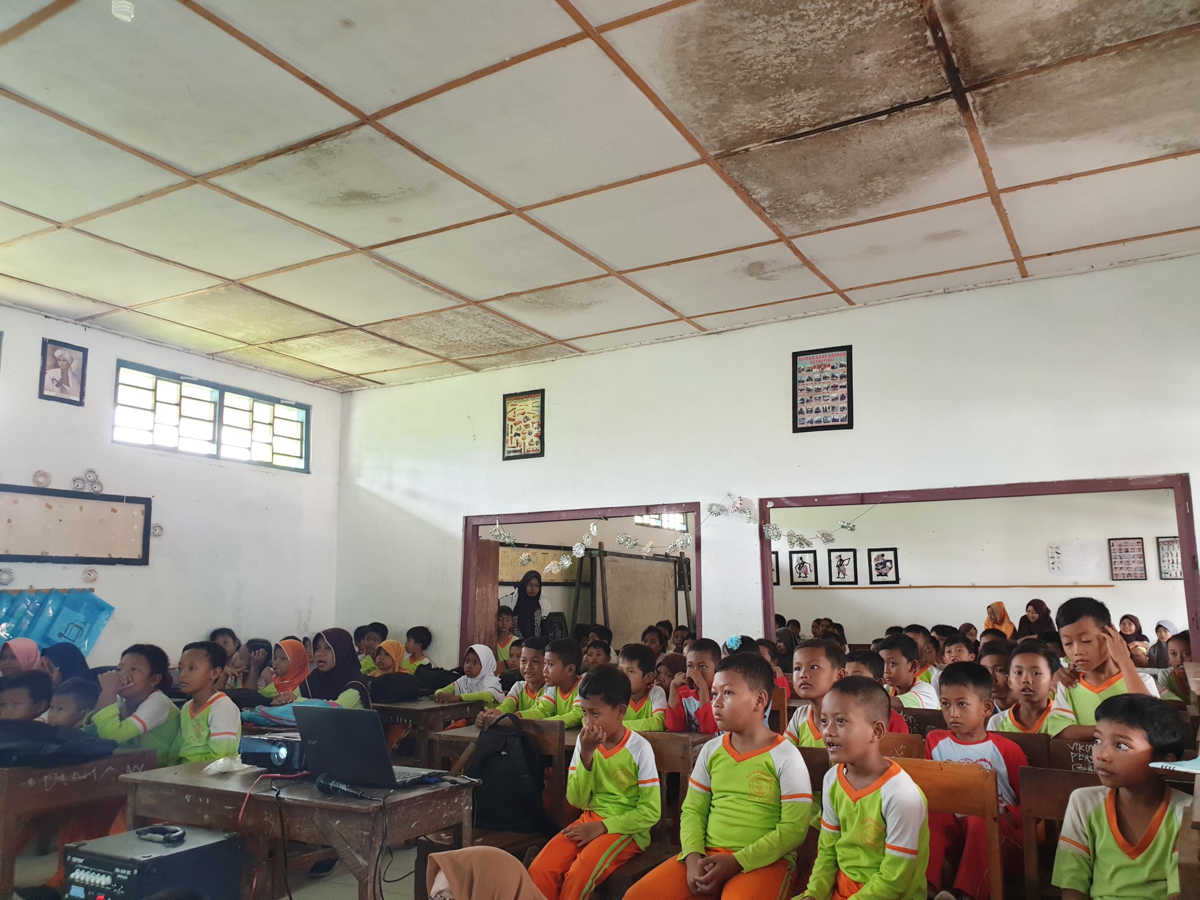 """Kegiatan Nonton Bersama Film """"The Battle Of Surabaya"""""""