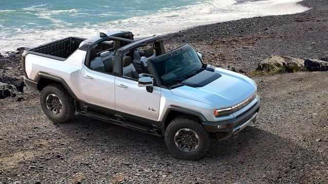 10-2020-2022-GMC-Hummer-EV-Edition-1-169-Full-Width-13897e1e-1734541