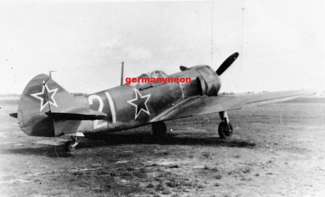 SOVIET-A-f-LAVOCHKIN-LA-5-1940s