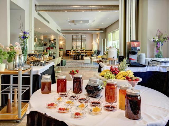 desayuno-polis-grand-hotel-travelmarathon-es