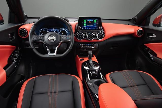 Nissan et le orange: Une histoire d'Halloween  Sep-3-6pm-CET-New-Nissan-JUKE-Unveil-Black-Static-Studio-12-source