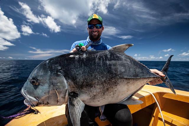 kanton-atoll-gt-giant-trevally-fly-fishing-kiribati-40