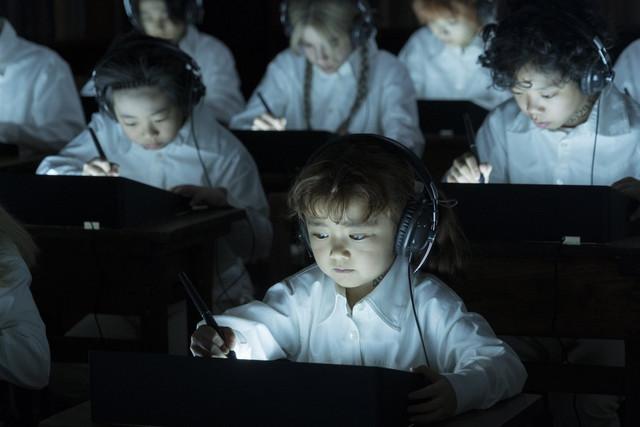 《約定的夢幻島》真人電影版,將由北川景子與渡邊直美 演出「媽媽」的角色! 87544691-891299524632545-6513586666257514496-o