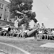 Cheerleading-school-USA-1950-9
