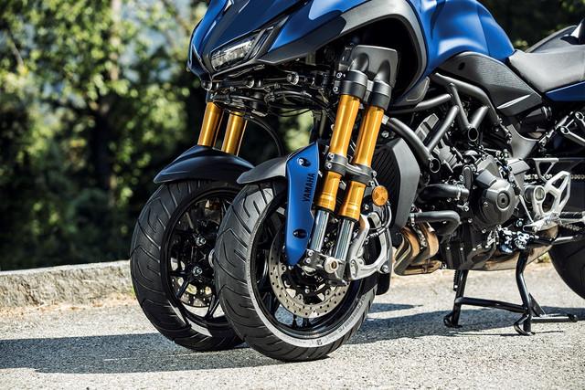 Yamaha-Niken-GT-2.jpg