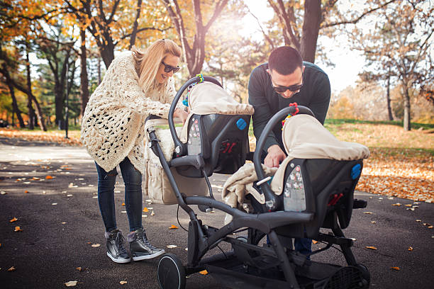 Photo-of-young-family-enjoy-in-the-park