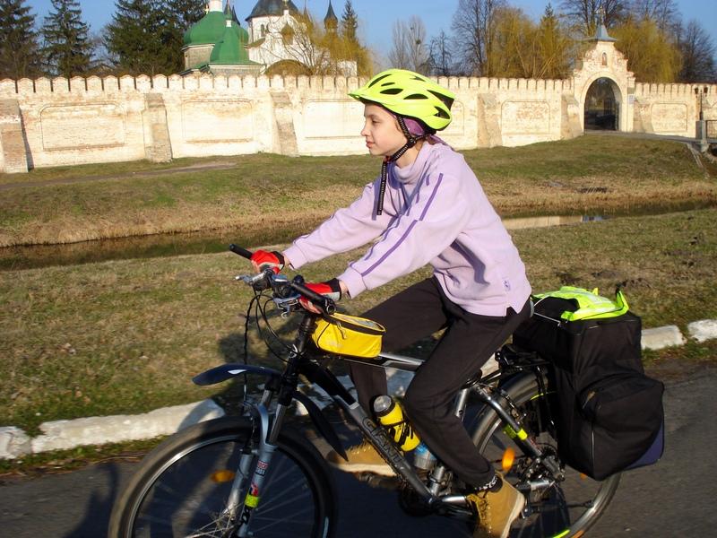 Настя, 11 років