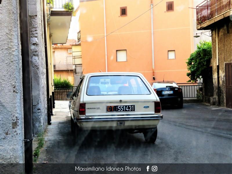 avvistamenti auto storiche - Pagina 30 Ford-Fiesta-GL-950-45cv-81-CT551431
