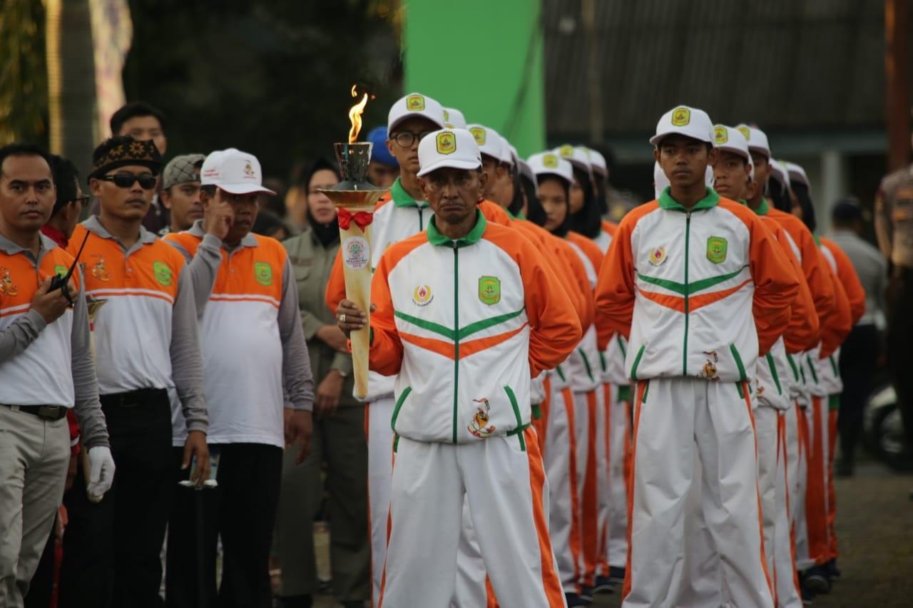 Ia mengatakan memuji kesiapan Komite Olahraga Nasional Indonesia (KONI) dan  pengurus cabang olahraga. Venue yang ada untuk pertandingan 26 cabang  olahraga ... 722c883edb