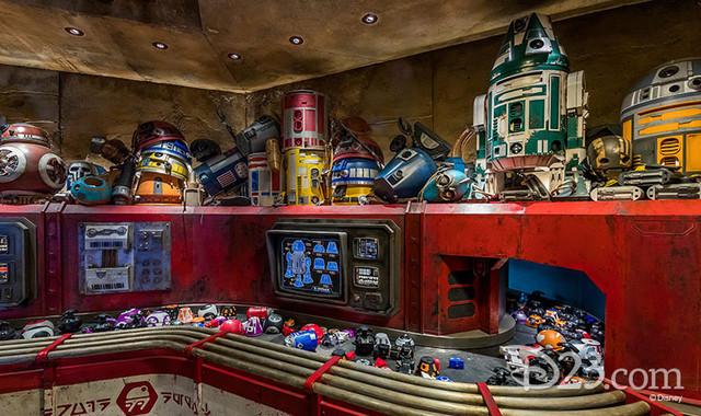 [Disneyland Park] Star Wars: Galaxy's Edge (31 mai 2019) - Page 38 Xxx6