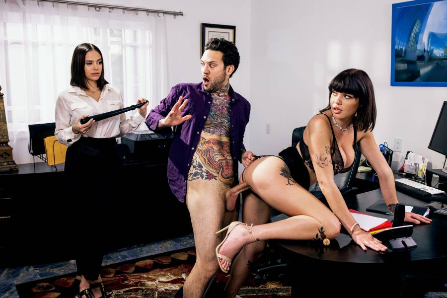 Violet Starr, Gabbie Carter, Small Hands – Influenced Episode 4 – Digital Playground