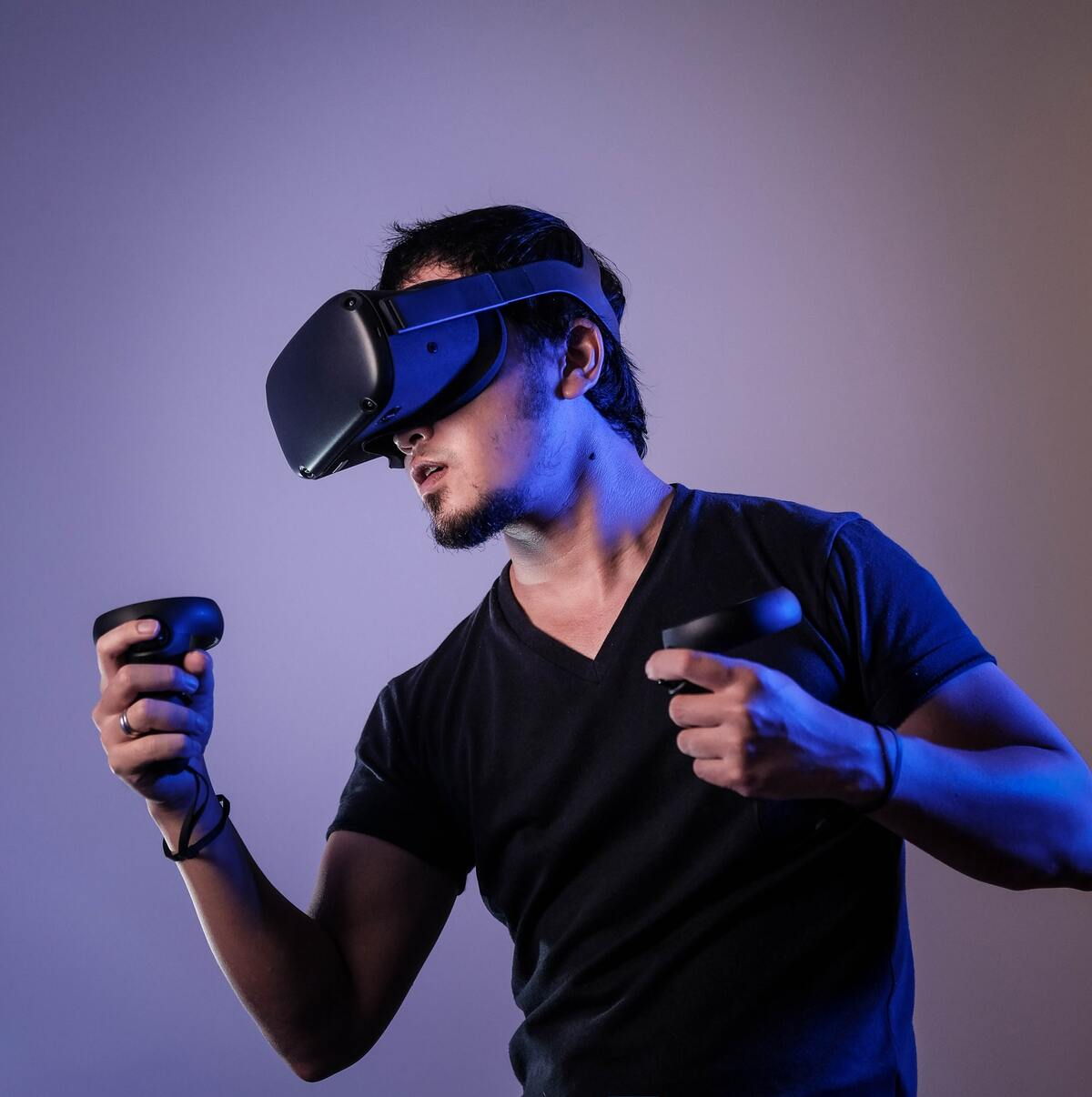 What Is Actually Virtual Reality Technology and How Does It Work?