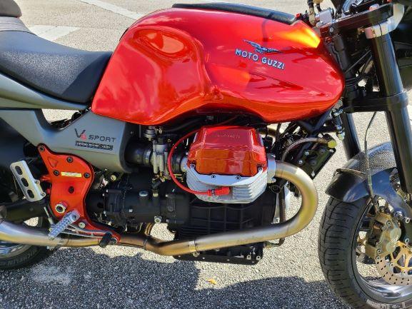 2001-Moto-Guzzi-resize-3