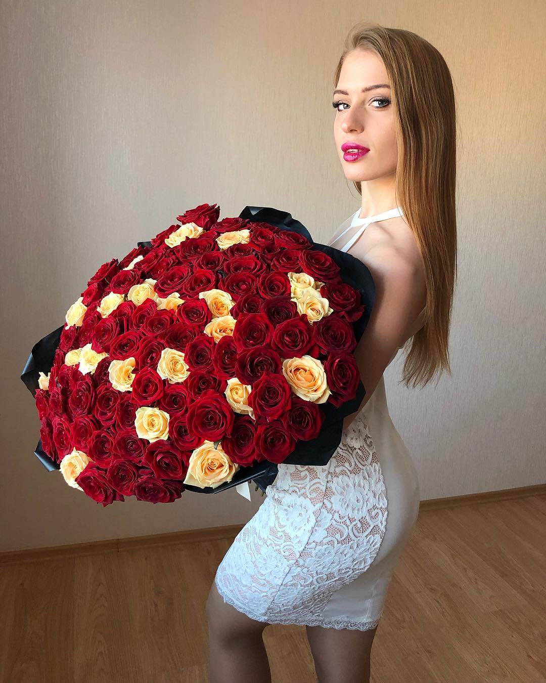 Polina-Dubkova-Wa-a-ers-Insta-Fit-Bio-5