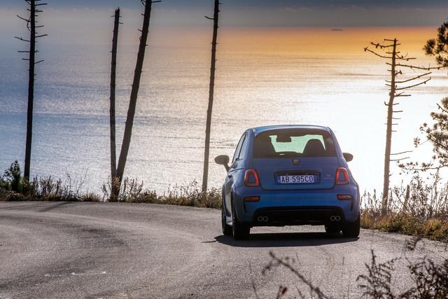 2015 - [Fiat] 500 Restylée - Page 24 634-F7-D42-7-CE9-49-FF-BC0-F-9-D2-D49246-FDF