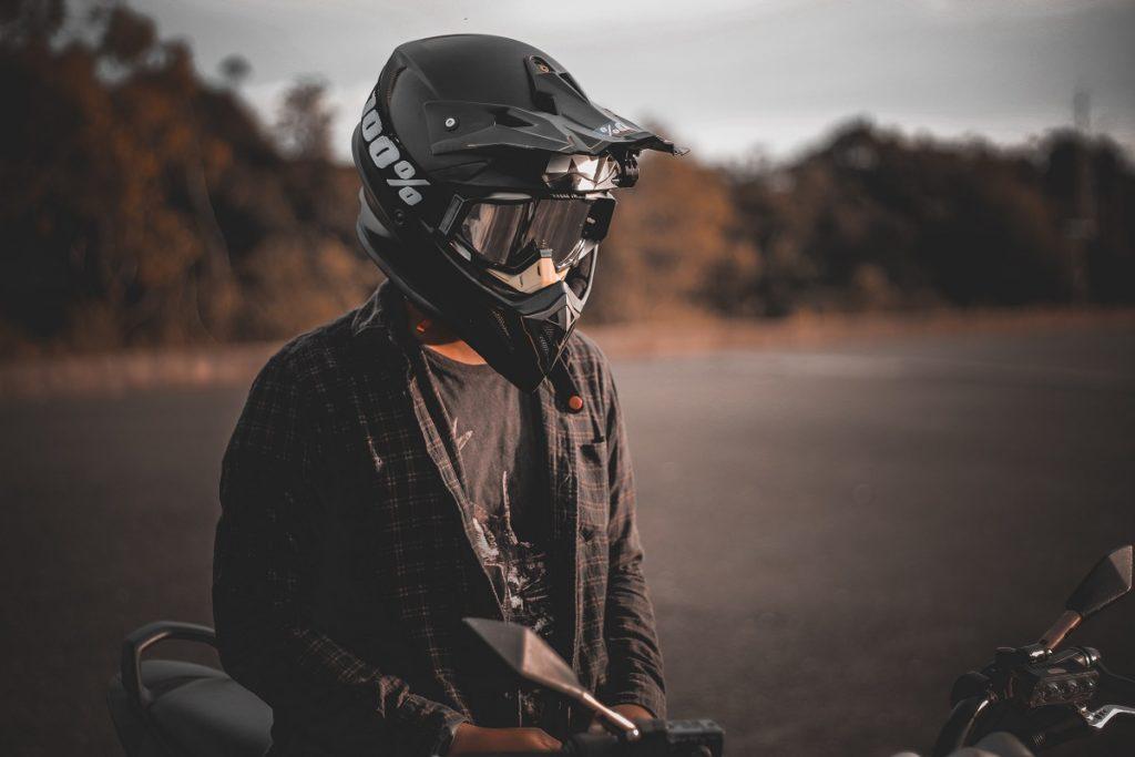 como-escolher-o-melhor-capacete-1024x683