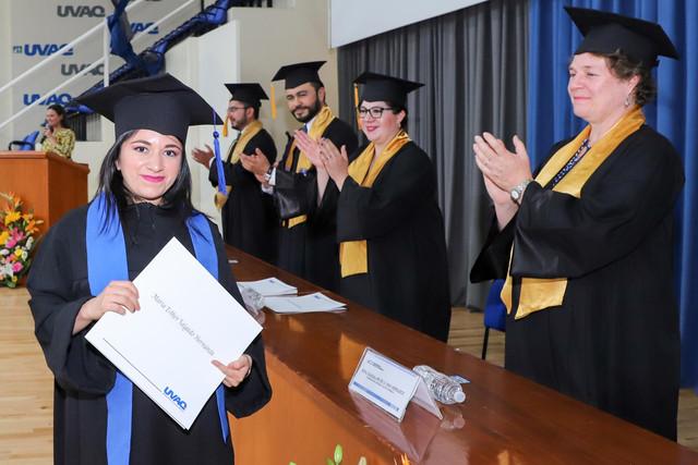 Graduacio-n-Gestio-n-Empresarial-25