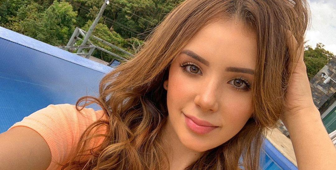 Anabel-Ramirez-Wallpapers-Insta-Fit-Bio-17