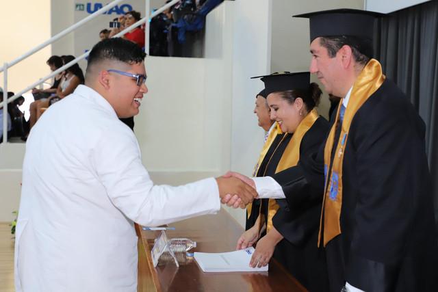 Graduacio-n-Medicina-124