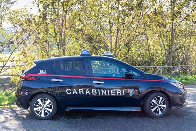 52 Nissan Leaf Pour Les Carabiniers Italiens Nissan-LEAF-all-ARMA-dei-CARABINIERI-3-source