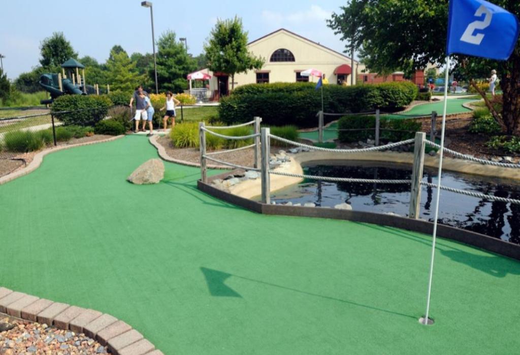 Golf BOM Sports Center