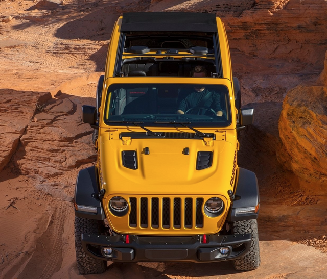 Jeep-Wrangler-Unlimited-2020-Screen-Shot-2020-04-29-at-9-49-32-PM