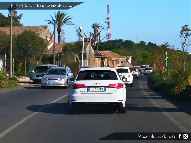 Avvistamenti auto rare non ancora d'epoca - Pagina 23 Audi-RS3-TFSI-Quattro-2-5-400cv-17-FL251-PY-2