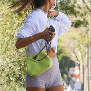 Alessandra-Ambrosio-Cameltoe-after-the-gym-in-Brentwood-Kanoni-2